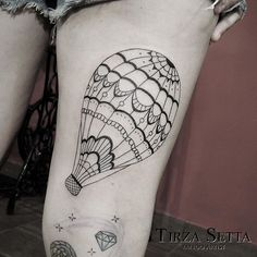 #balão #tatuagembalão #balloon #balloontattoo #linework #inspirationtattoo #tatuagensfemininas #tattoo2me #tirzasetta #tirzasettatattoo