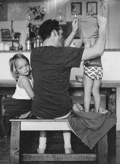 Real Life Photos Portray Beauty Of Fatherhood Family Goals, Family Love, Family Kids, Lifestyle Photography, Children Photography, Family Photography, Family Portraits, Family Photos, Fathers Love