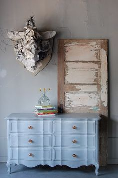 Great Furniture refinishing tutorials Love!