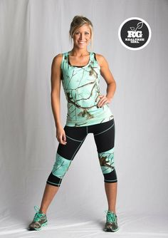 I need this in my life Realtree Girl Color Camo Workout Wear Country Girl Style, Country Fashion, Country Outfits, Country Girls, My Style, Camo Outfits, Sport Outfits, Girl Outfits, Down South