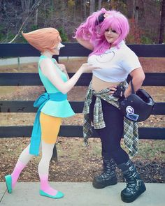 """""""I asked her about her hair and then she asked me about mine"""" #stevenuniverse #su #stevenuniversecosplay #sucosplay #pearlsu…"""