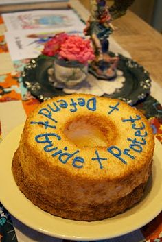 September 29 - Feast Day of St. The Creamer Chronicles: Feast of the Archangels- Love this ANGEL food cake for Michaelmas. Catholic Crafts, Catholic Kids, Catholic Homeschooling, Catholic School, Catholic Feast Days, Saint Feast Days, St Michael Feast Day, Catholic Icing, All Saints Day