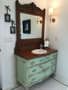 35 Rustic Bathroom Vanity Ideas to Inspire Your Next Renovation - The Trending House Bathroom Red, Bathroom Vanity Cabinets, Vanity Sink, Bathroom Furniture, Bathroom Storage, Bathroom Ideas, Bathroom Organization, Bathroom Sinks, Remodel Bathroom