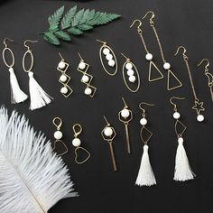 Take photos every day, and after hours, you will become an expert! Tassel Jewelry, Resin Jewelry, Cute Jewelry, Jewelry Crafts, Jewelery, Jewelry Accessories, Jewelry Design, Feather Earrings, Clay Earrings