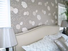 This wallpaper makes me swoon!