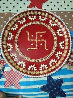 Arti Thali Decoration, Diya Rangoli, Acrylic Rangoli, Diy Birthday Banner, Fabric Paint Designs, Diwali Craft, Silk Thread Bangles, Silver Gifts, Basket Decoration
