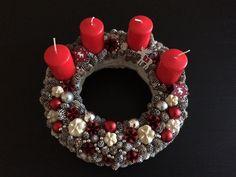Adventi koszorú, advent wreath