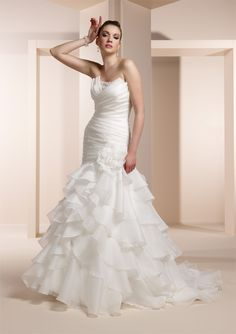Fit & Flare Pleated Strapless Beaded Neckline Chiffon Wedding Dress-wf00010, $274.95