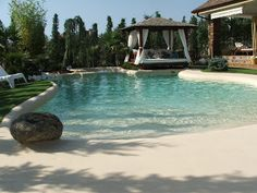 We must try this private beach-swimming pool at home! Luxury Swimming Pools, Luxury Pools, Dream Pools, Backyard Pool Designs, Swimming Pool Designs, Pool Landscaping, Backyard Pools, Pool Decks, Pool Sand