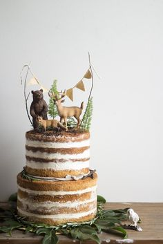 Naked Cakes – die nackten Stars am Tortenhimmel! Süße Kreationen für die Kaff… Naked Cakes – the naked stars on the cake heaven! Sweet creations for the coffee table, creative inspirations for wedding cake and Co. With recipes! Pumpkin Cheesecake Muffins, Bolos Naked Cake, Nake Cake, Woodland Cake, Woodsy Cake, Woodland Party, Rustic Cake, Woodland Wedding, Rustic Wedding