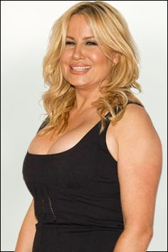 2 Broke Girls / Love her  Could anyone forget Stifler's mother?