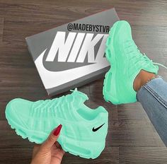 Tennis Shoes Black Leather Players Tips Referral: 9372391640 Jordan Shoes Girls, Girls Shoes, Shoes Women, Souliers Nike, Nike Shoes Air Force, Cute Sneakers, Green Sneakers, Sneakers Sale, Aesthetic Shoes
