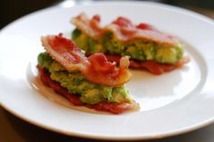 """Bacon and avocado """"sandwiches""""   #FitBomb"""