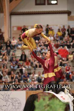 Favoriten 2009 - Voltigierbilder von Alina Atzler