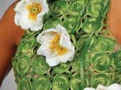 The art of knitting and crocheting. Flower collection P2
