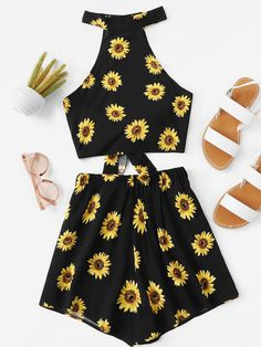 Knot Back Floral Print Halter Top With ShortsFor Women-romwe Dress Outfits, Girl Outfits, Cute Outfits, Fashion Outfits, Girls Bathing Suits, Teenager Outfits, Playsuits, Beautiful Outfits, Cute Dresses