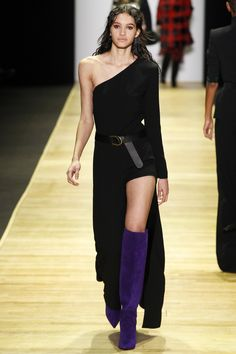 Barbara Bui Fall 2016 Ready-to-Wear Fashion Show www.thesquarebanana.com