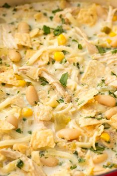 Amazing White Chicken Chili - This is our favorité white chicken chili récipé. Thé gréén chilis and jalapéño add simply t - Crock Pot Recipes, Chilli Recipes, Easy Soup Recipes, Best Dinner Recipes, Mexican Food Recipes, Chicken Recipes, Healthy Recipes, Chicken Soups, White Chili Recipes