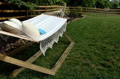 How to Make a Free-Standing Hammock Stand | Hunker Pergola On The Roof, Patio Pergola, Curved Pergola, Pergola Attached To House, Metal Pergola, Cheap Pergola, Wooden Pergola, Pergola Plans, Pergola Ideas