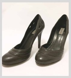 Venda  Scarpin boneca cinza chumbo - Marca: Shoestock