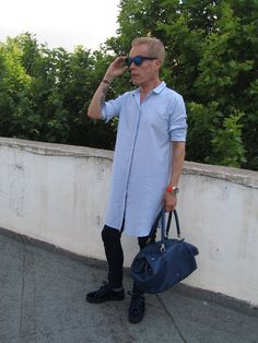 MODA ENTRE HERMANOS: Tatoos de Chanel           Camisola