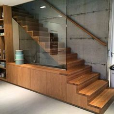Cabinet and staircase of solid oak vagane-viste.no