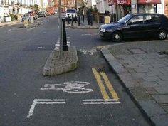 Short bike lane sudden right turn fail.