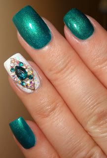 Wendy's Delights: Aqua Colour Gemstone Nail Jewellery from Lady Quee... http://www.ladyqueen.com/1pc-lovely-metal-pearl-crown-diamond-bowknot-jewelry-3dnail-decoration-nail-art.html?acc=e4da3b7fbbce2345d7772b0674a318d5
