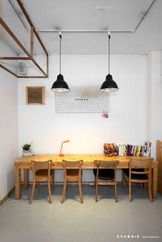 #architecture #interior #structure #cafe  · Architect : Sun-Park sungil · Interior : STARSIS · Photographic : Hong seokgyu  ※copyright ⓒ Sun-Park sungil Inc. all right reserved.