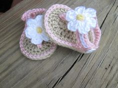 Crochet Baby Flip Flops -- You receive one (1) pair of shoes--    **Babies come in different sizes at different times. PLEASE use measurements as a