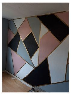 Bedroom Wall Designs, Room Design Bedroom, Room Ideas Bedroom, Home Room Design, Wall Painting Decor, Diy Wall Decor, Pink Painting, Home Decoration, Geometric Wall Paint