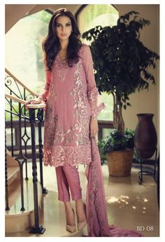 This dull tea pink embroidered chiffon dress by Maria B. to add colors to your… Pakistani Couture, Pakistani Outfits, Indian Outfits, Ethnic Fashion, Asian Fashion, Eastern Dresses, Pakistan Fashion, Desi Clothes, Indian Attire