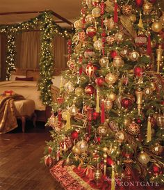 Who doesn't want Christmas in their bedroom? I mean, come on.. ♥