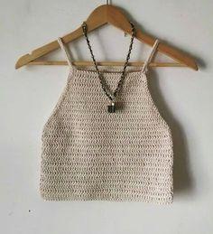 Top musculosa Crochet Bra, Crochet Crop Top, Love Crochet, Crochet Clothes, Diy Clothes, Crochet Designs, Crochet Patterns, Knitted Swimsuit, Crop Top Pattern