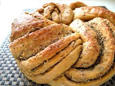 The smell of good bread baking, like the sound of lightly flowing water, is indescribable in its evocation of innocence and delight.  ~ M.F.... Rosemary Bread, Garlic Bread, Savoury Baking, Bread Baking, Yeast Bread, Flaxseed Bread, Good Food, Yummy Food, Bread Bowls