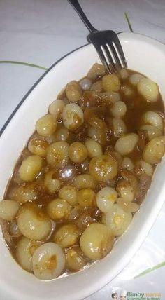 Cipolline in agrodolce Bimby, deliziose cipolline borettane da presentare come antipasto o contorno! Ingredienti: 700 gr di cipolline borettane, 50 gr di olio