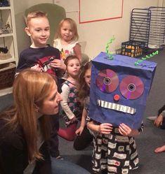 We are having so much fun working on #robot #masks with our #prek #artists! #preschoolart #3dart #robots #mixedmediaart #childart #kidart #kidsart #artforkids #artlesson #artproject #creativekids #kidscreate #arteducation #kidsartwork #artwork #earlychildhoodeducation #artclass #artteacher #artteachersofinstagram #kidspainting #kidsplay #artsplaynova #northernvirginia