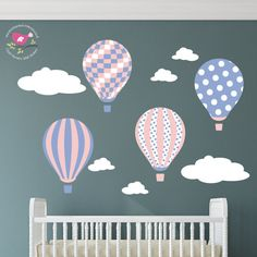 Hot Air Balloon Wall Decal. Wall stickers for girls, Baby room decor, toddler gift, Pantone 2016 Colours Rose Quartz and Serenity sticker montgolfière chambre enfant bébé rose bleu pastel