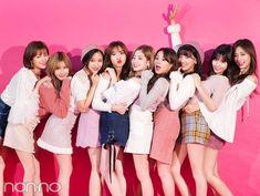 twice, hirai momo 그리고 im nayeon We Heart It의 이미지 Nayeon, K Pop, Kpop Girl Groups, Korean Girl Groups, Kpop Girls, Twice Photoshoot, Twice Group, Twice Album, Warner Music