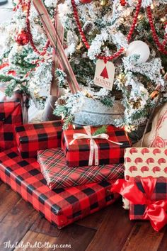 Flocked Ski Christmas Tree - The Lilypad Cottage