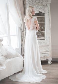 Robe de mari e collection lun ville on pinterest robes for Centre ville la mariage robes