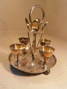 Silver Plate Egg Cup Cruet Set & Stand ref 277