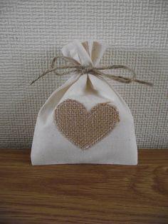 10 Calico & Hessian Heart Wedding Favour Bags £9.99