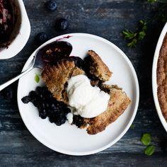 Perinteinen mustikkakukko | Makeat leivonnaiset | Yhteishyvä French Toast, Chicken, Breakfast, Food, Morning Coffee, Essen, Meals, Yemek, Eten