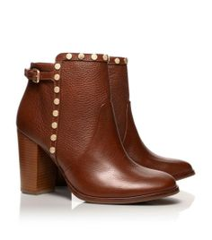 cognac heeled boots with little rivets. so cute!