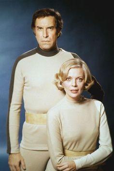 "Martin Landau and Barbara Bain - ""Space (TV Cosmos 1999, Tv Vintage, Sci Fi Tv Shows, Classic Sci Fi, Movie Magazine, Great Tv Shows, Sci Fi Movies, Film Serie, Movie Stars"