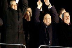 Bakanlar Zafer Çağlayan ile Muammer Güler istifa etti