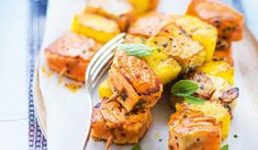 4 brochettes saumon Atlantique, colin lieu, ananas