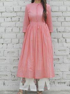 Pink Gathered Tunic And Pink Leaf Print Flared Pants SetPeach Gathered Tunic with booti palazzo set Salwar Designs, Kurta Designs Women, Kurti Designs Party Wear, Kurti Neck Designs, Tunic Designs, Pakistani Dresses, Indian Dresses, Indian Sarees, Indian Designer Outfits