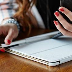 """Die elegante weiße iPad Pro 9.7"""" Hülle Couverture- exklusive von StilGut."""